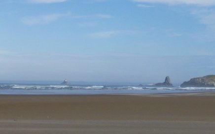View of the Pacific Ocean from Cannon Beach, Oregon. Photo by Jennifer Willis.